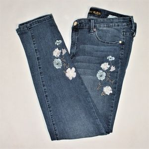 Anne klein Floral embroidered skinny jeans,size 10